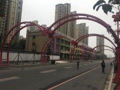 江苏徐州某跨街钢结构抗风