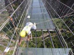 景区玻璃吊桥分类 玻璃栈道检测鉴定内容